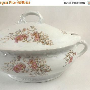 Austrian Soup Tureen, Vintage Rollstara Austria Porcelain, Elegant Dining or Wedding Table Decor, Crossed Swords in Shield Mark