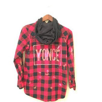 Yoncé Flannel Hoodie in Red/Black Plaid