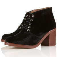 ARTIST Block Heel Lace-Ups - New In This Week  - New In