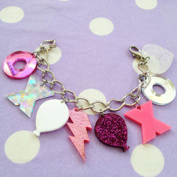 Hugs and Kiss Charm Bracelet