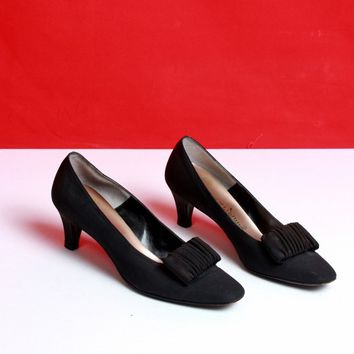 Matte Black Ruffle Pumps/ Size 8.5