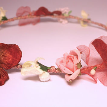Bohemian flower crown headband. Rustic floral bridal crown. Flower halo for boho Wedding handmade using vintage flowers. Festival hair crown