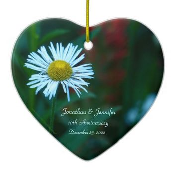 Elegant Daisy 10th Wedding Anniversary Heart Shape Ceramic Ornament