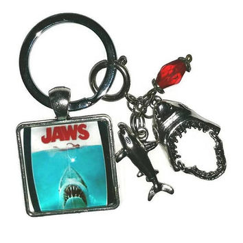 JAWS Theme Key Chain with Shark Charms Key Ring SHARK WEEK Great White Lover  Party Favor Supply Jaws Movie Fan Memorabilia Gift Hinged Jaw