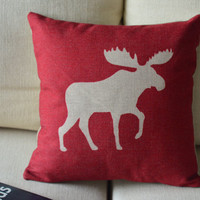 Elk Print Decorative Pillow (red) on Luulla
