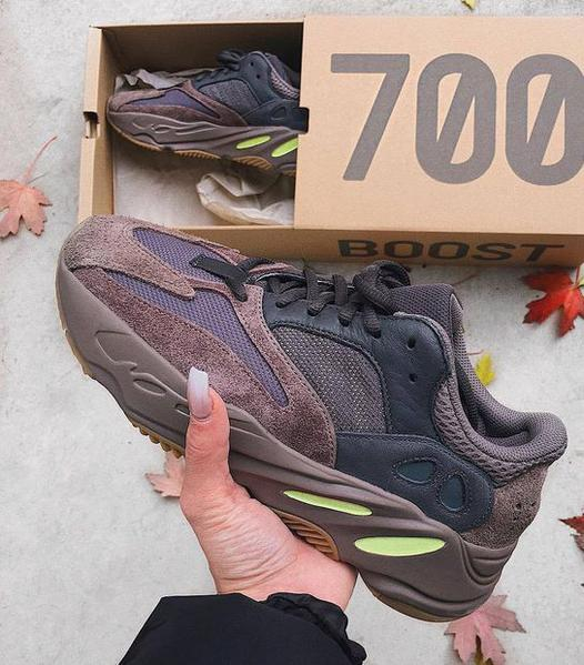 a3f198176c26 Adidas Yeezy 700 Runner Boost Fashion Women Men Casual Running Sport Shoes  Sneakers