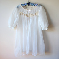 60s White Chiffon & Cream Lace Short Babydoll Peignoir Robe Negligee -- Lisette by Al Sterling, Pin-Up Lingere