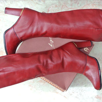vintage leather boots / vintage 70s Etienne Aigner oxblood burgundy boots / stacked heel boots IN BOX size 10