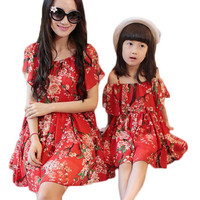 2017 Summer New Mother Daughter Outfits Flower Designer Girl Lace Dresses Fashion Family Matching Clothes Vestiti Mamma E Figlia