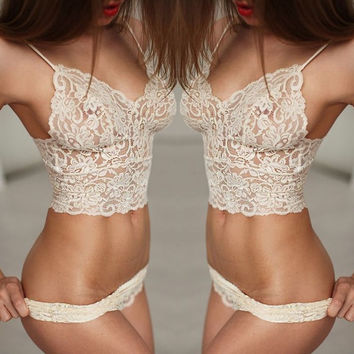 Women Lace Lingerie Set Sexy Corset Lace Push Up Vest Top Bra + Pants Set Underwear 2pcs Suit Exotic Apparel