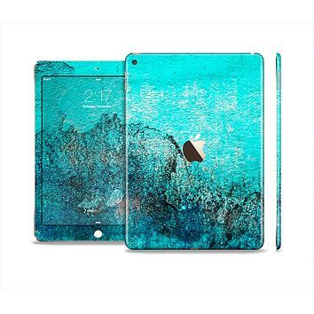 The Grungy Teal Surface V3 Skin Set for the Apple iPad Air 2