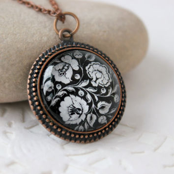 Black And White Flower Khokhloma Necklace, Russian Folk Art, Antique Copper Pendant, Floral Jewelry