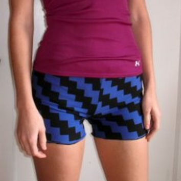 $25.00 Zig Zag Shorts Dance Yoga Activewear by temerson1 on Etsy