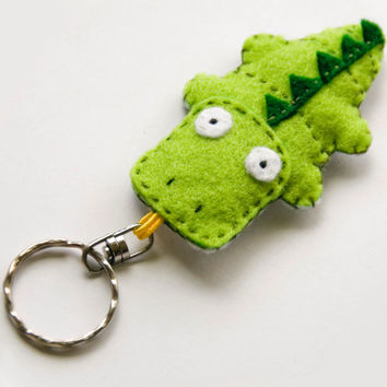 Crocodile felt key ring, green, made to order