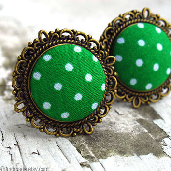"Going Green - Sizes  3/4 (19mm) to 1"" (25mm) vintage polkadot plugs for stretched ears"