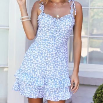 Summer new fashion wild holiday wind floral strap dress