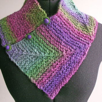 Knitted Handspun Neckwarmer, Merino Silk  Cowl, Purple Green Scarf, Multiway Handspun Neckwarmer, Space-dyed Collar Scarf, Buttoned Scarf