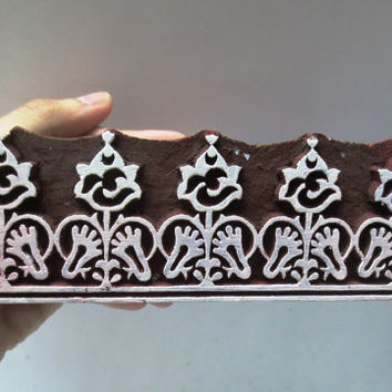 Indian wooden hand carved textile printing on fabric block / stamp ethnic religious groove Border strip pattern