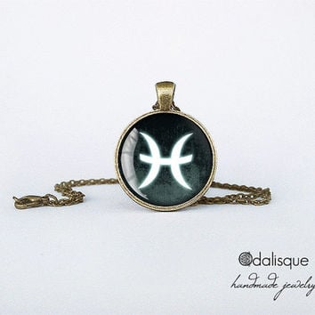 Pisces sign pendant European Zodiac necklace the fish water sign gift jewelry bronze for him for her jewellery key ring