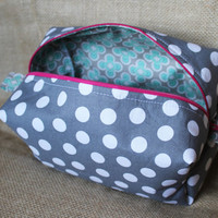 Gray Polka Dot Makeup/Travel Boxy Zipper Bag