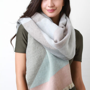 Over-sized Geometric Scarf