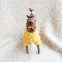 Stuffed Animal - Llama with mouse - Stuffed Llama Toy - Felted Animal - Frlted Mouse - Felted stuffed Animal Doll - Gift for her him