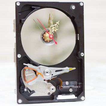 Desk clock from a recycled Computer hard drive - HDD clock - ready to ship - c8870