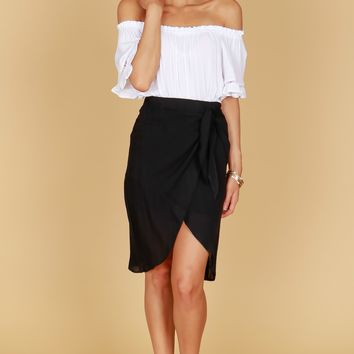 Twist Around Wrap Skirt Black