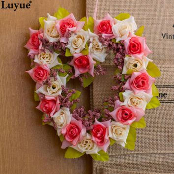 Luyue Flor de flores  Fake Flowers Silk Flowers Heart-shaped Wreath Home Decor Artificial Flowers for Wedding Decoration
