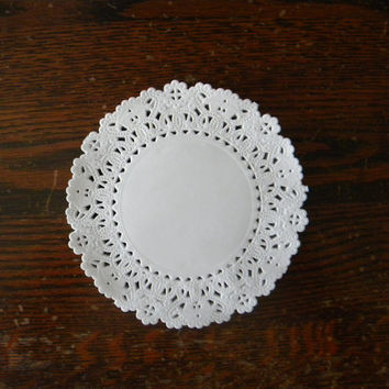 20 White Lace Paper Doilies, 5 inch