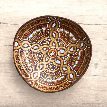 Hand painted wood bowl  / decorative plate / celtic ornament / jewelry holder / garden decor