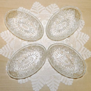 Oval Dessert Dishes, Oval Bowls, Set of 4, Reims France, Candy, Bonbon, Sweets, Made in France, Vintage, glass, mid century, homeware