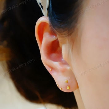 gold/silver tiny ball catilage stud, minimalism cartilage piercing, tragus stud, tragus piercing earring, nose stud, nose piercing
