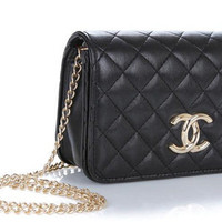 CHANEL INSPIRED CHAIN PURSE from One Vault