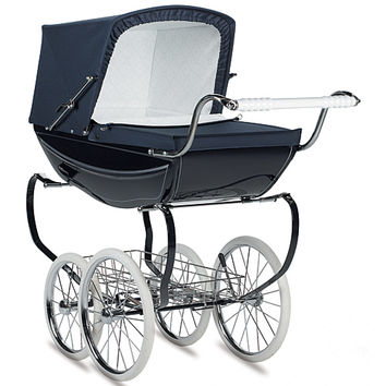 Silver Cross Balmoral Pram in Navy