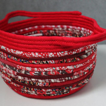 Red Bohochic Basket, Round Handmade Basket, Modern Basket/Bowl, Home Decor Basket