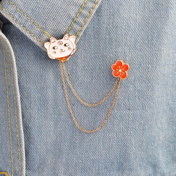 Lucky cat and flower linked pin Hard enamel lapel pins Badges Brooches Denim Jacket Accessories Jewelry Cat jewelry