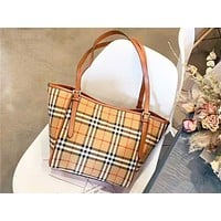 Burberry sells a stylish shopping bag with a plaid print for casual women Grid+Brown
