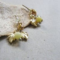 Leaves stud earrings- small yellow bead - dainty petite earrings