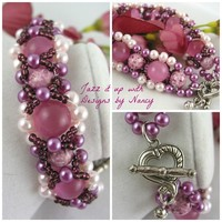 Raspberry Sherbet Cats eye Handmade beaded bangle bracelet Reversible