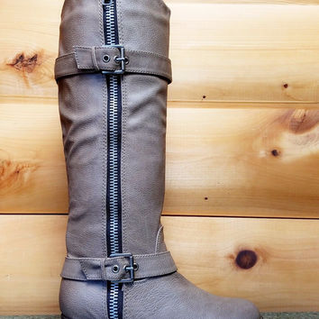 Rider 22 Taupe Beige Leatherette Buckle Cowboy Riding Boot 6-11 Flats