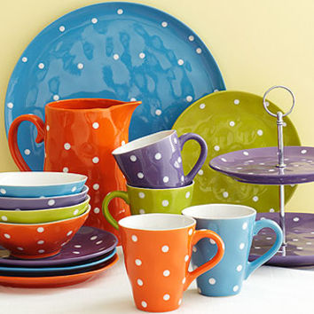 Sprinkle Dinnerware | Dinnerware | Stonewall Kitchen - Specialty Foods, Gifts, Gift Baskets, Kitchenware and Kitchen Accessories, Tableware, Home and Garden Décor and Accessories