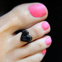 Toe Ring - Black Heart Button - Stretch Bead Toe Ring