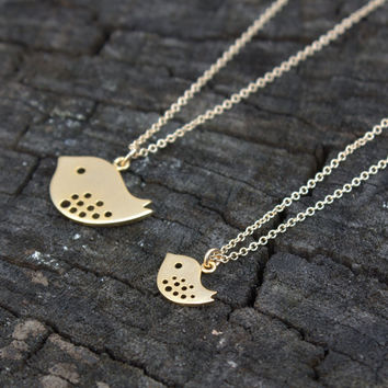Mother Daughter Necklace Set - Matching Jewelry . Gold Mama Bird, Baby Bird . Gift for Daughter, Toddlers, Kids, Baby Shower