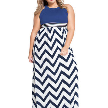 Plus Size Zig-Zag Maxi Dress