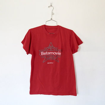 Vintage 1980s Sony / Be A Betamovie Star Red T-shirt / Unisex Tee
