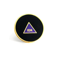 Magic 8 Ball Lapel Pin