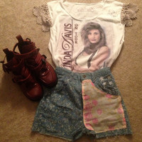 Upcycled Vintage Linda Davis On Tour Tshirt