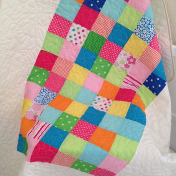 Baby girl blanket~ baby quilt~ traditional quilt~ crib quilt~ bright colours~ rainbow quilt~ baby shower gift~ toddler blanket~ crib blanket
