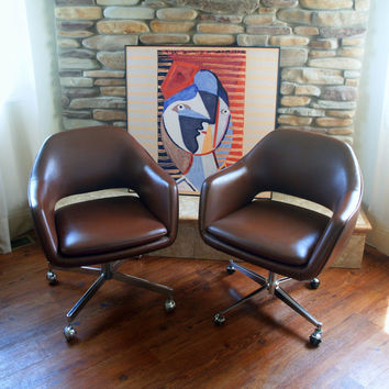 1979 Saarinen for Knoll Executive Arm Chair Iconic Mid CENTURY MODERN Furniture Office Rolling Wheels Swivel Brown Faux Leather